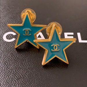 Chanel clip-on earring